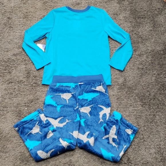 Wonder Nation Boys 2 Piece Pajama Set X-Small 4//5, Calypso Blue Shark